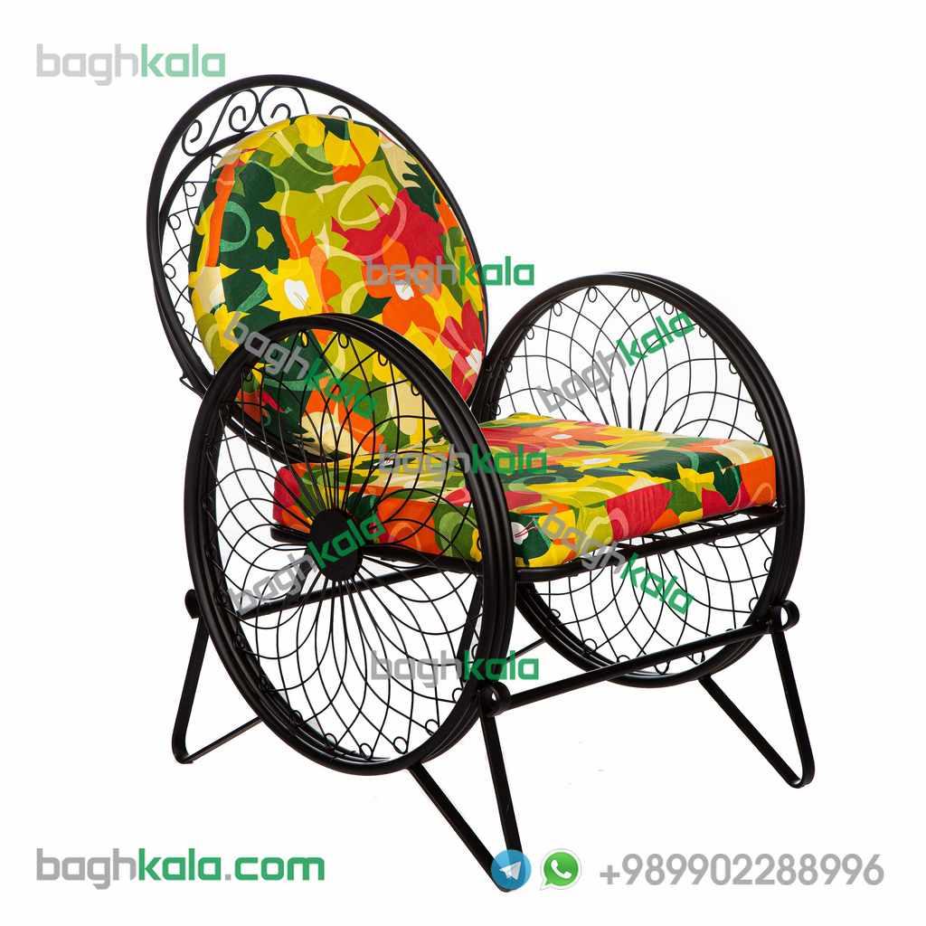 صندلی باغی فرفورژه گل زنبق